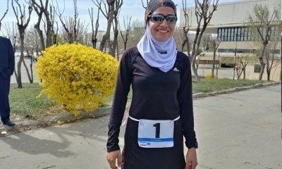 ساناز پرهیزی قهرمان دوگانه 400x240 همه چیز درباره مسابقات دوگانه کشور ؛ تصادف رکابزن با مینی بوس و قهرمان دختری از فارس