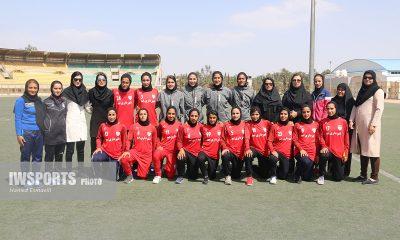 شهرداری بم قهرمان لیگ برتر فوتبال زنان 96 400x240 پایان لیگ برتر فوتبال زنان ؛ شهرداری بم 5 ستاره شد