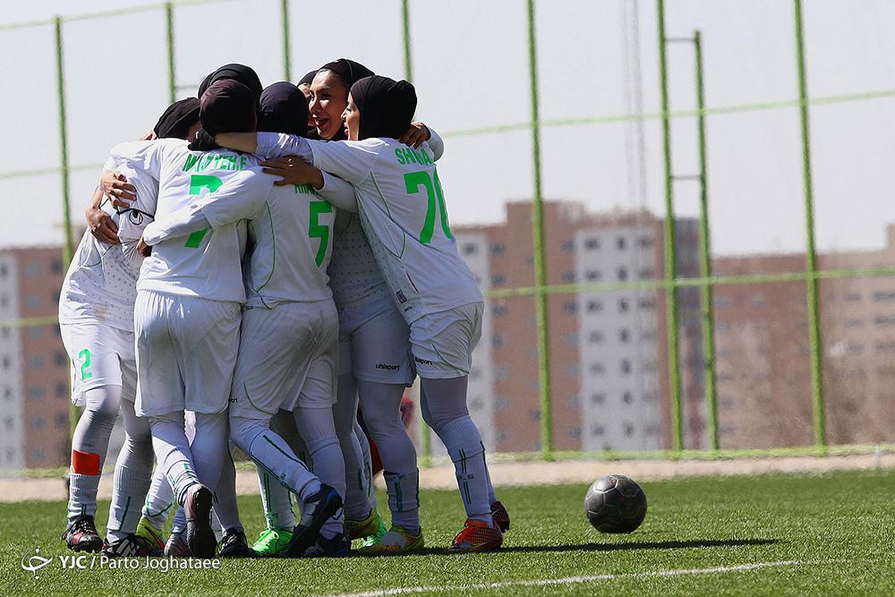 هفته ششم لیگ برتر فوتبال بانوان ؛ تساوی در دربی اصفهان و ادامه صدرنشینی شهرداری بم