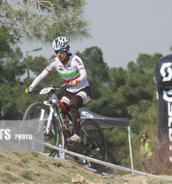 مرحله اول لیگ دوچرخه سواری کراس کانتری زنان کشور 5 560x600 پایان لیگ دوچرخه سواری کراس کانتری در اراک با قهرمانی مونا فرح بخشیان