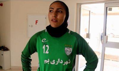 مریم یکتایی دروازه بان تیم ملی فوتبال و شهرداری بم 400x240 نظرات مریم یکتایی دروازه بان شهرداری بم پس از قهرمانی در لیگ برتر
