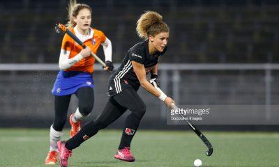 هاکی بانوان هاکی ورزش زنان hockey netherlands women 6 400x240 تصاویر لیگ هاکی زنان در هلند