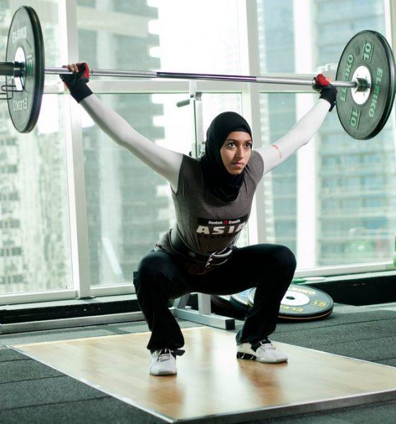 وزنه برداری بانوان وزنه برداری زنان lifting weiths hijab iran 560x600 مسابقات کشوری وزنهبرداری بانوان با حاشیه آغاز شد