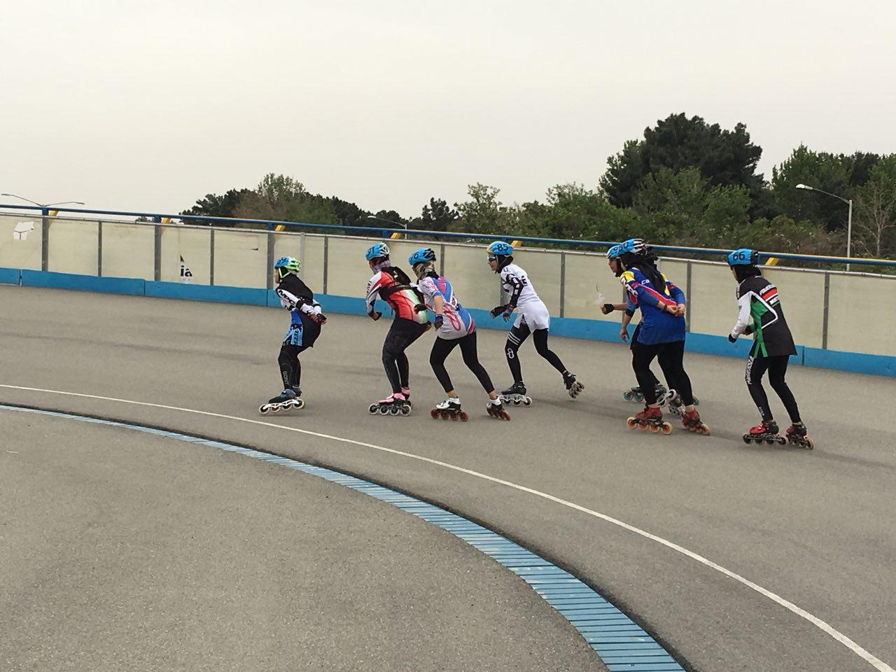 دختران اسکیت باز در تلاش برای اعزام به مسابقات جهانی اسپانیا