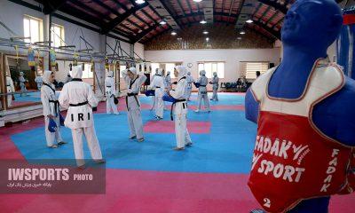 اردوی تیم ملی تکواندو بانوان در رشت مسابقات قهرمانی آسیا ویتنام Iran womens taekwondo training before asian championship vietnam 2018 30 400x240 ۱۲ دختر تکواندوکار در تیم دانشجویان | شرط ورود به اردو: چربی زیر ۱۶ درصد
