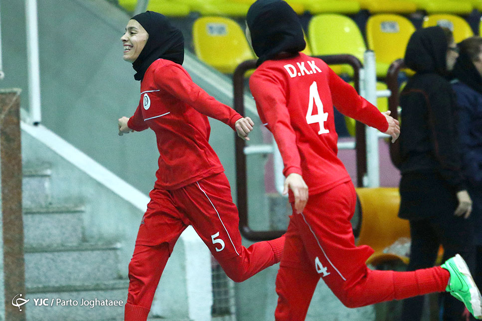 داستان دختران کویر کرمان ؛ ایرانمنش: بودجه مدعیان را داشتیم قهرمان می شدیم