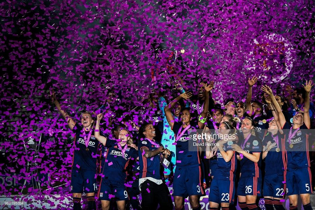 تصاویر قهرمانی لیون در لیگ قهرمانان زنان اروپا