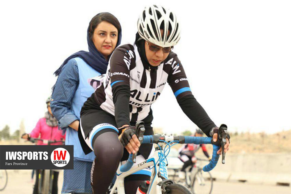 تصاویر مسابقات دوچرخه سواری تایم تریل بانوان در شیراز