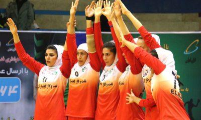 نفت و گاز گچساران هندبال بانوان ورزش زنان ایران 400x240 صمیمی : به بازیکن 16 ساله میدان می دهم و افتخار می کنم/ بوشهر حریف آسانی نبود