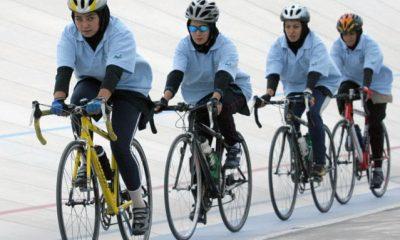 معضل بزرگ در ورزش زنان ایران / دختران نباید دوچرخه سوار شوند!