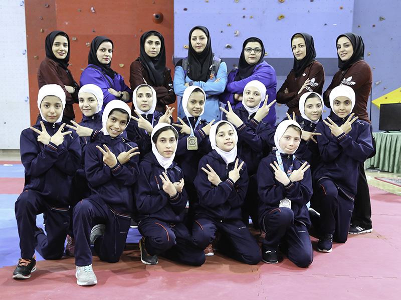 تکواندو خردسالان کشور در یزد ؛ البرز از قهرمانی اش دفاع کرد