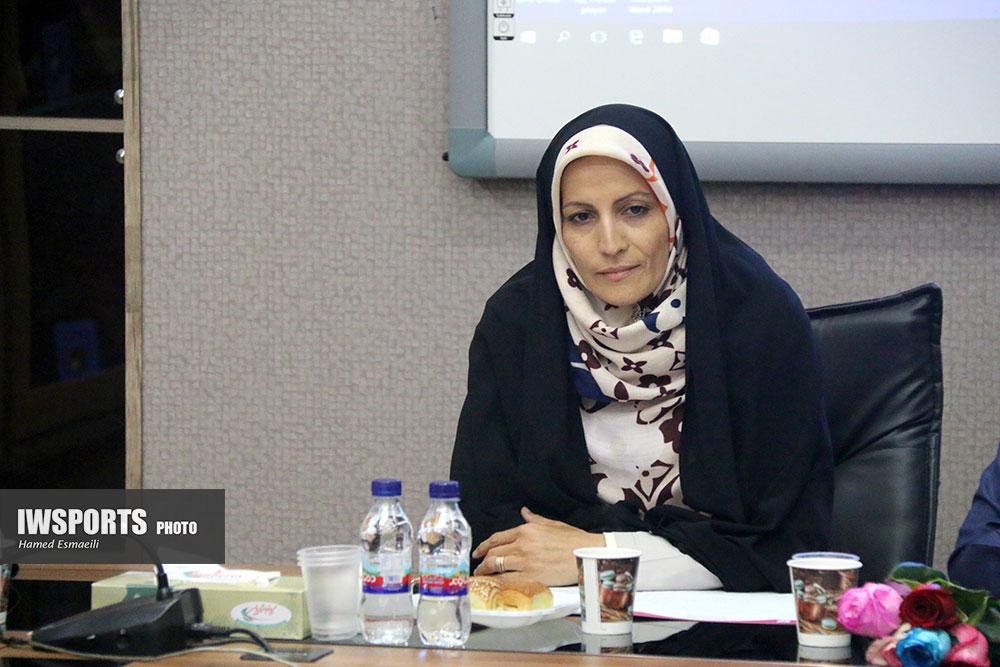 قرعه کشی لیگ برتر فوتسال بانوان 97 لیلا صوفی زاده10 صوفی زاده: حضور زنان در ورزشگاهها فرصت است