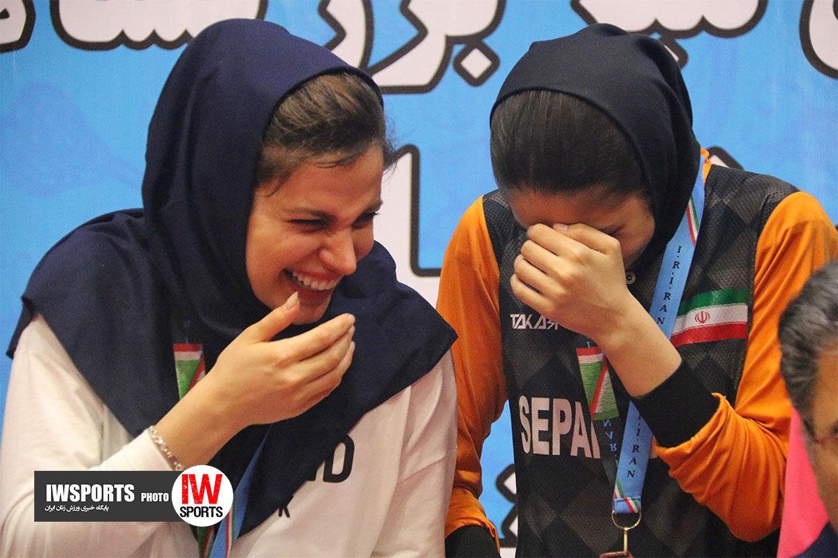 تصاویر اختتامیه و اهدای مدال تور ایرانی تنیس روی میز در اصفهان /۲ از ۲