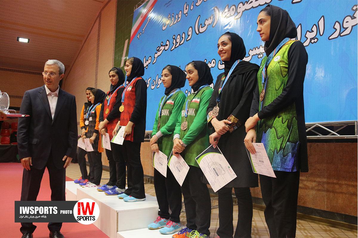 تصاویر اختتامیه و اهدای مدال تور ایرانی تنیس روی میز در اصفهان /۱ از ۲