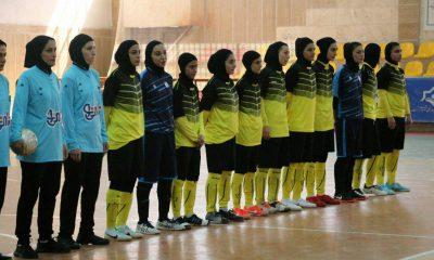 فوتسال4 400x240 یادداشتی برای ناپدری ها به بهانه کناره گیری شهرداری رشت | چه کسی دایه ورزش زنان است؟