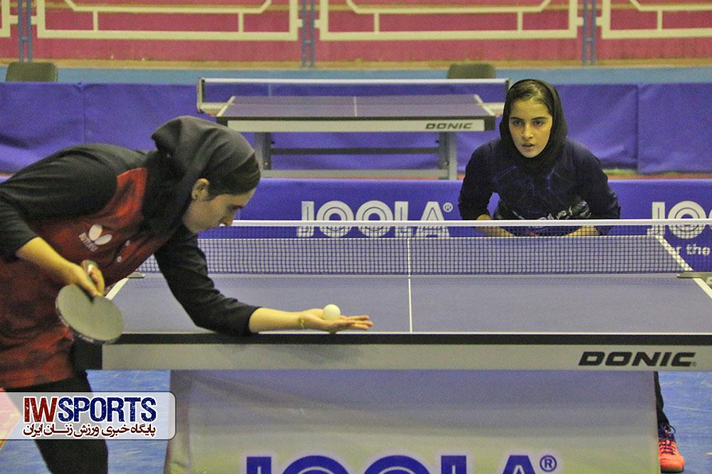 تور ایرانی نوجوانان و جوانان کشور در اراک ؛ صبا سراجی و پریناز حاجیلو قهرمان شدند