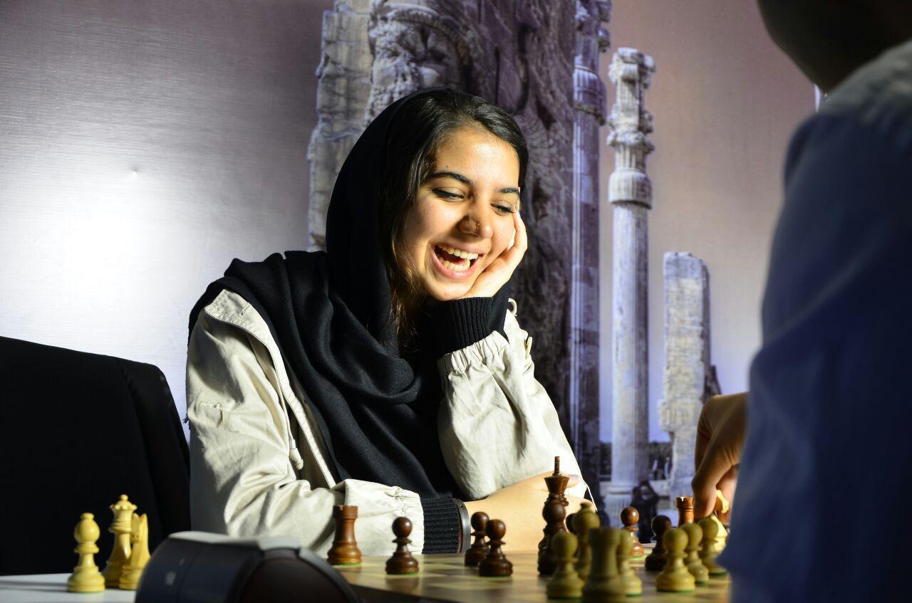 خادم الشریعه قهرمان شطرنج برق آسای ابوظبی شد