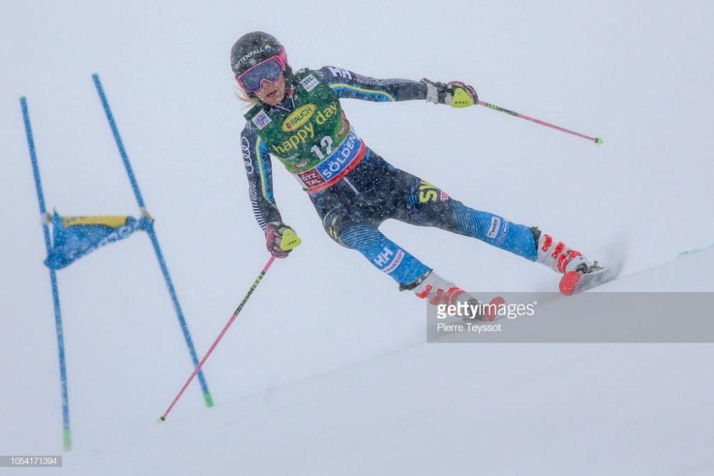 اسکی آلپاین اسلالوم در سولدن 9 1000x667 گزارش تصویری مسابقات اسکی جهانی آلپاین اسلالوم در اتریش