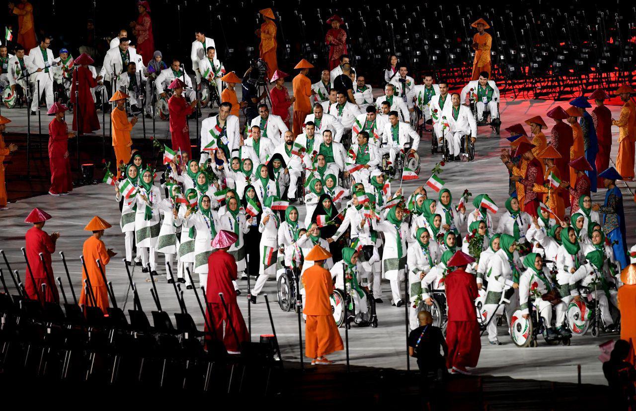 تصاویر افتتاحیه بازی های پارا آسیایی جاکارتا و پرچمداری ساره جوانمردی