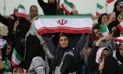 اولین حضور زنان ایران در ورزشگاه آزادی ایران بولیوی 1 400x240 واکنش وزیر ، محمدیان و غرویان به دادستان / نه گناه است و نه مغایر با قانون!