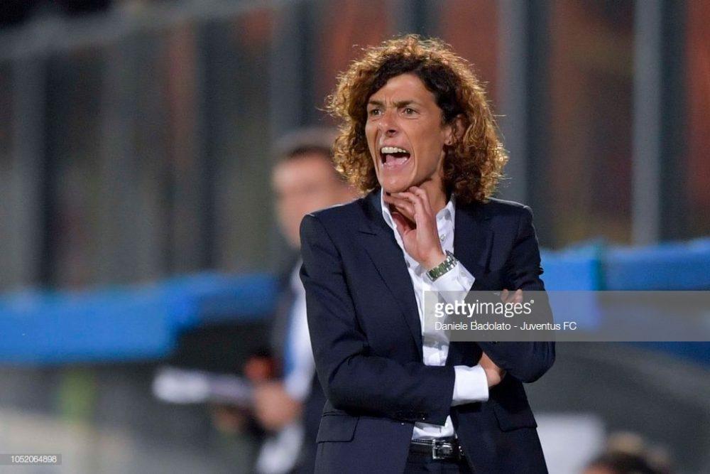 سوپر کاپ فوتبال زنان ایتالیا بین یوونتوس و فیورنتینا 14 1000x667 تصاویر دیدار تیم های فوتبال زنان یوونتوس و فیورنتینا در سوپر جام ایتالیا