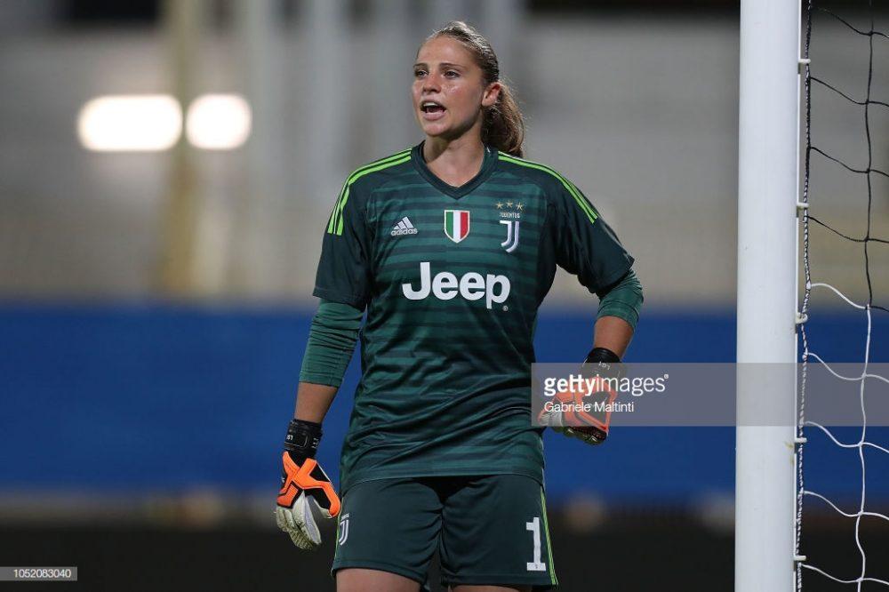 سوپر کاپ فوتبال زنان ایتالیا بین یوونتوس و فیورنتینا 8 1000x666 تصاویر دیدار تیم های فوتبال زنان یوونتوس و فیورنتینا در سوپر جام ایتالیا