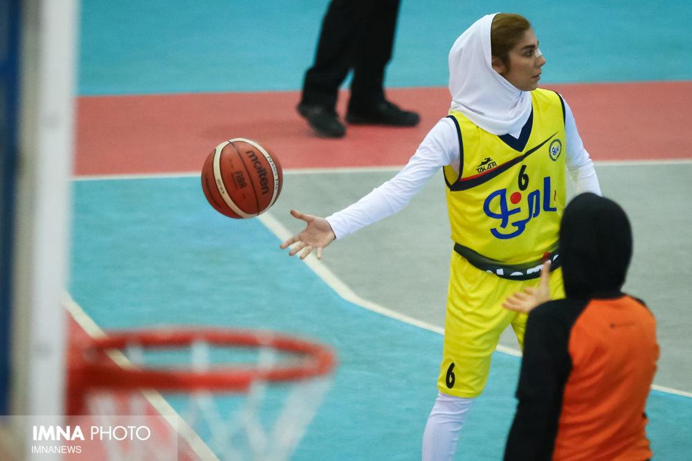 سرماخوردگی ساغر آجیلی ، برگ برنده دانشگاه آزاد / آجیلی : کاش فینال در اصفهان بود