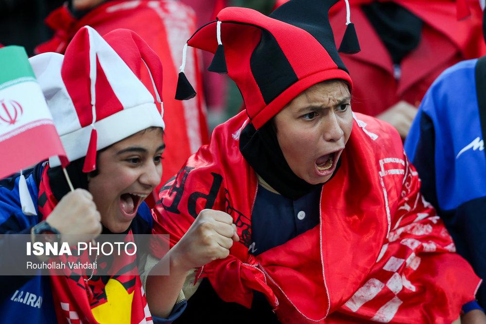 مهلت آخر فیفا برای ورود زنان به ورزشگاهها؛ ۹ شهریورماه