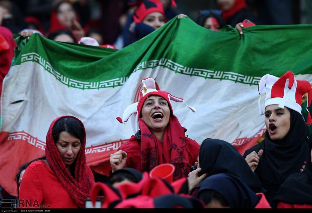 مجوز حضور زنان در ورزشگاه ها در انتظار مصوبه شورای عالی انقلاب فرهنگی