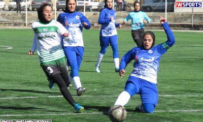 دیدار تیم های راهیاب ملل کردستان و خلیج فارس شیراز در هفته اول لیگ برتر فوتبال بانوان 5 400x240 گزارش تصویری دیدار تیم های خلیج فارس شیراز و راه یاب ملل کردستان