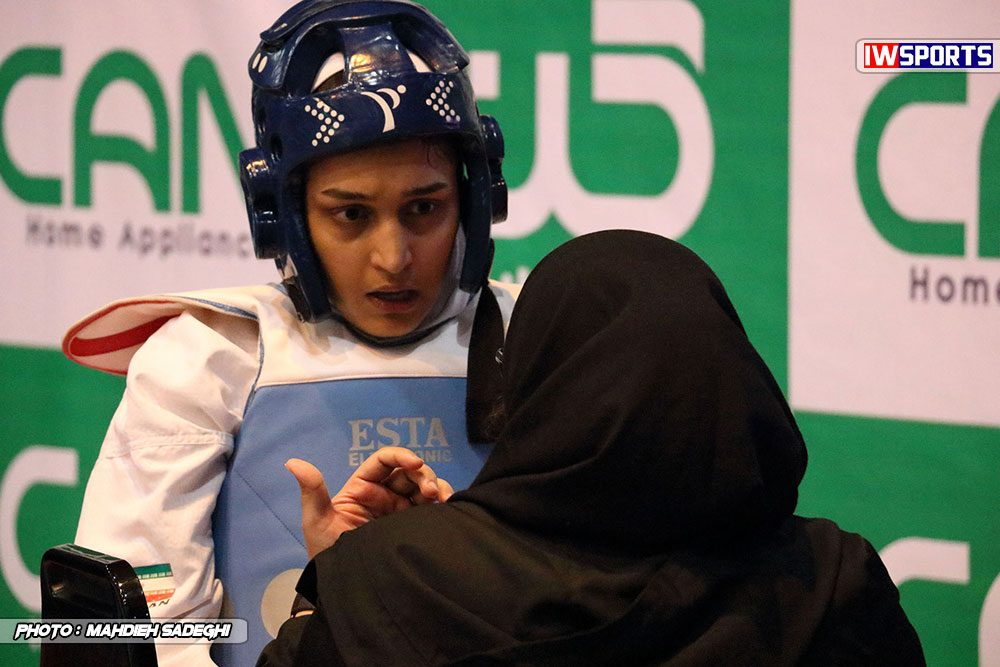 مسابقات تکواندوی آزاد کشور آذر 97 زهرا پور اسماعیل 1000x667 گزارش تصویری مسابقات تکواندوی آزاد بانوان کشور / بخش اول