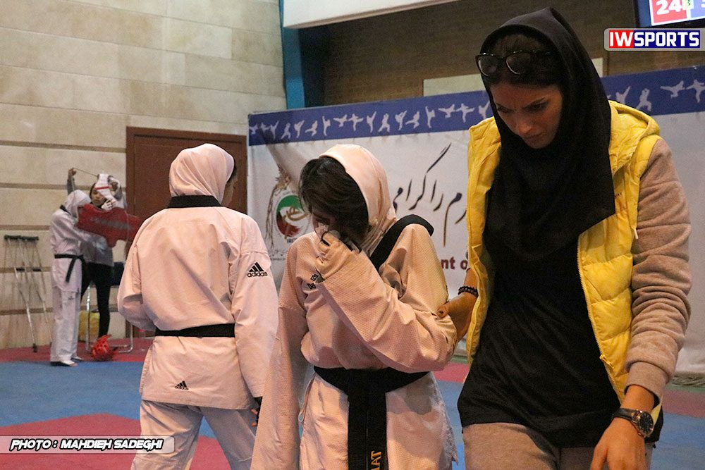مسابقات تکواندوی آزاد کشور آذر 97 23 1000x667 گزارش تصویری مسابقات تکواندوی آزاد بانوان کشور / بخش اول