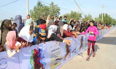 دو نیمه ماراتن بانوان کشور در جزیره هرمز و قهرمانی پریسا عرب 3 400x240 گزارش تصویری مسابقات دو نیمه ماراتن بانوان کشور در جزیره هرمز