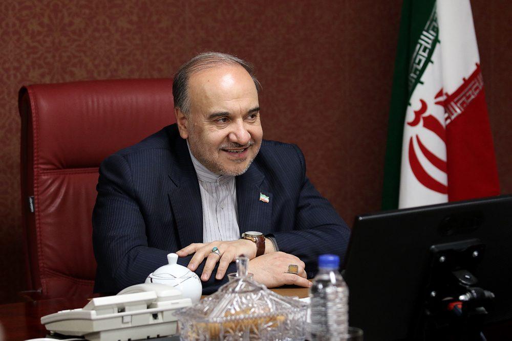 مسعود سلطانی فر وزیر ورزش و جوانان Masoud Soltanifar minister of sports 1000x667 وزیر ورزش : حضور زنان در ورزشگاه ، فعلا در بازی های ملی | ورزشگاه با سینما و کنسرت فرقی ندارد