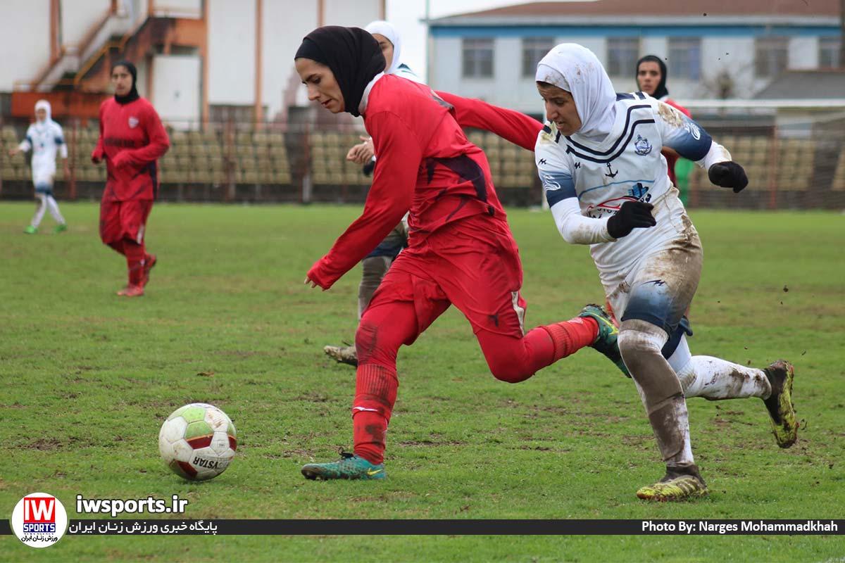 گزارش تصویری دیدار تیم های ملوان انزلی و شهرداری بم در لیگ برتر فوتبال بانوان