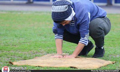گزارش تصویری دیدار ملوان انزلی و شهرداری بم در هفته هفتم لیگ برتر فوتبال بانوان 2 400x240 سرپرست تیم سینا بوشهر : دست من نیست که جلوی بارندگی را بگیرم