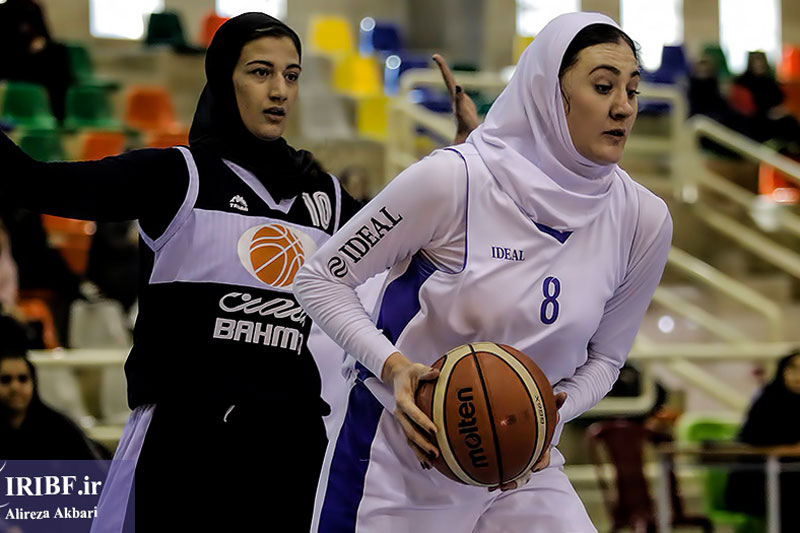 دور رفت نیمه نهایی لیگ برتر بسکتبال / پیروزی بزرگ هیرو در اصفهان و شکست گروه بهمن