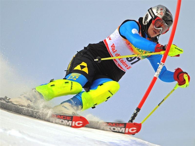 لیگ بین المللی اسکی آلپاین؛ رسم پهلوانی در اسکی