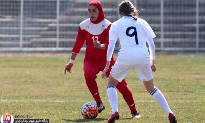دیدار دوستانه فوتبال بانوان ایران و بلاروس 12 400x240 تصاویر دیدار تیم های ملی فوتبال بانوان ایران و بلاروس در ورزشگاه آرارات