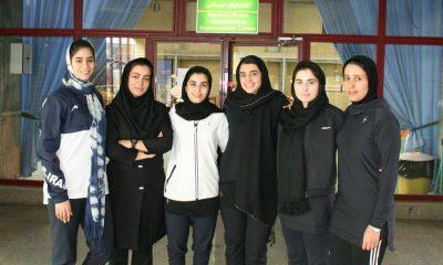 تیم ملی شمشیر بازی بانوان 400x240 دختران شمشیرباز ایران در راه مسابقات قهرمانی آسیا در ژاپن