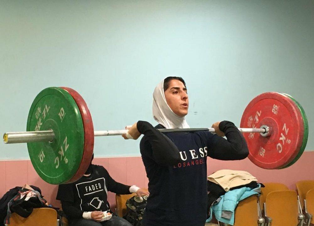 ۲۱ دختر وزنه بردار به تیم ملی فراخوانده شدند