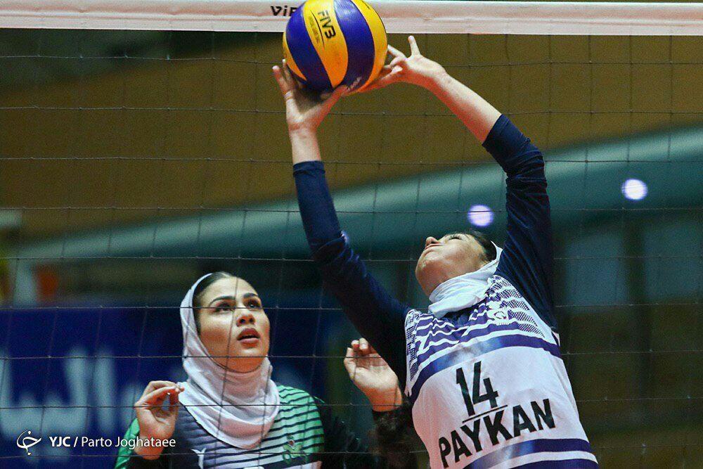 الهام فلاح والیبال بانوان بازیکن تیم پیکان تهران 1000x667 الهام فلاح پاسور تیم ملی والیبال بانوان: والیبال بخش بزرگی از زندگی من است
