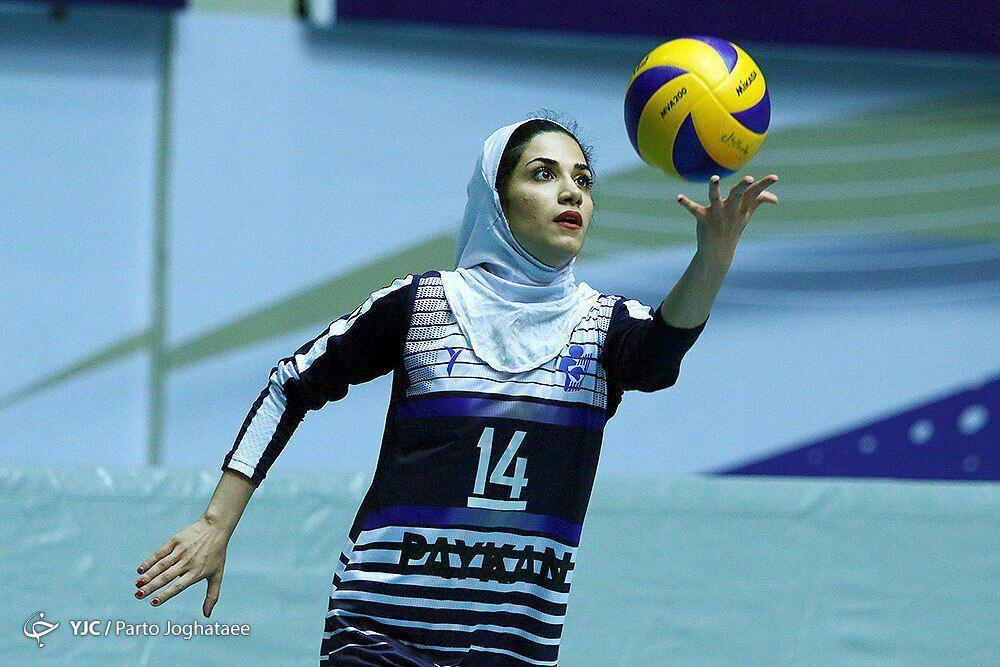 الهام فلاح والیبال بانوان پیکان تهران الهام فلاح پاسور تیم ملی والیبال بانوان: والیبال بخش بزرگی از زندگی من است
