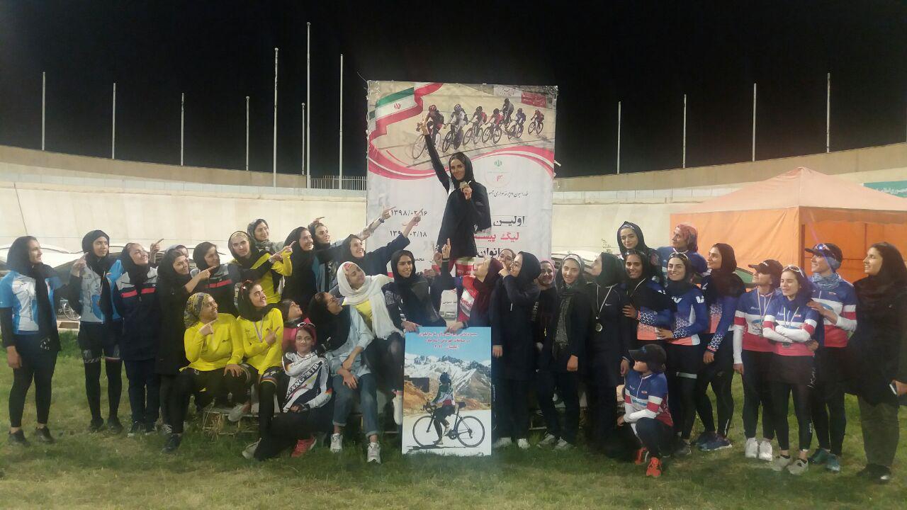مرحله نخست لیگ دوچرخه سواری پیست   درخشش سیاحیان و نیک فر و حلقه شادی برای یزدانی