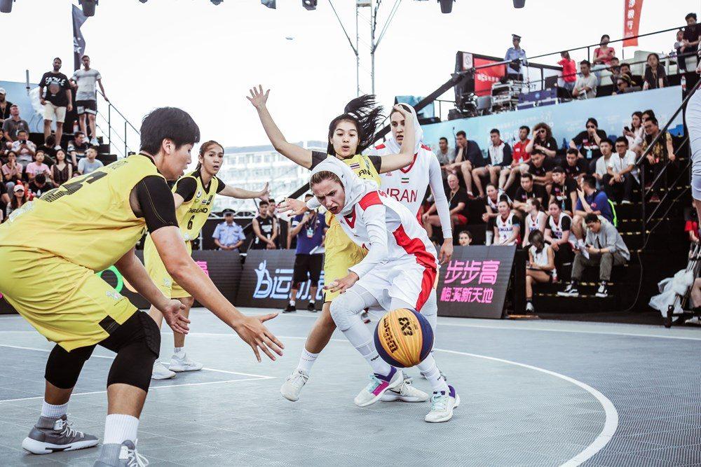 دیدار ایران و تایلند در مسابقات بسکتبال سه نفره بانوان آسیا 6 1000x667 تصاویر | دیدار بسکتبال ۳ نفره بانوان ایران و تایلند در کاپ آسیا