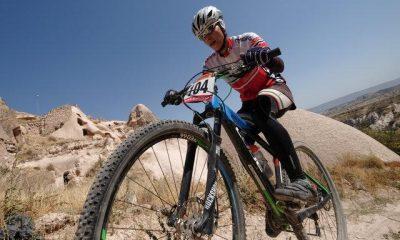 فرانک پرتو آذر 400x240 قهرمانی فرانک پرتو آذر در مسابقات انتخابی تیم ملی دوچرخه سواری کوهستان