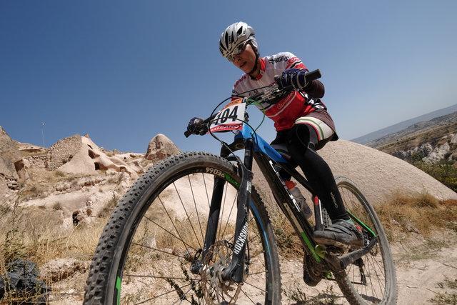 فرانک پرتوآذر : نحوه رفتار با دوچرخه سواران فرهنگ سازی نشده است