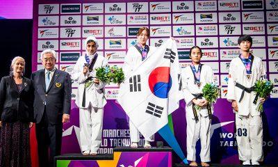 مدال نقره مهلا مومن زاده در تکواندو قهرمانی جهان 12 400x240 گفتگو با مهلا مومن زاده | با مدال جهانی، مرحوم صبا معصومی را به آرزویش رساندم