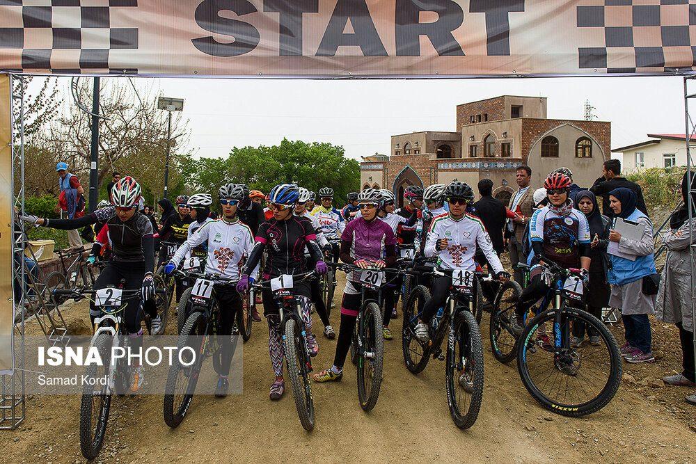 مرحله اول لیگ دوچرخه سواری کوهستان در کرج 1 1000x667 تصاویر لیگ دوچرخه سواری دانهیل و کراس کانتری بانوان در باغستان
