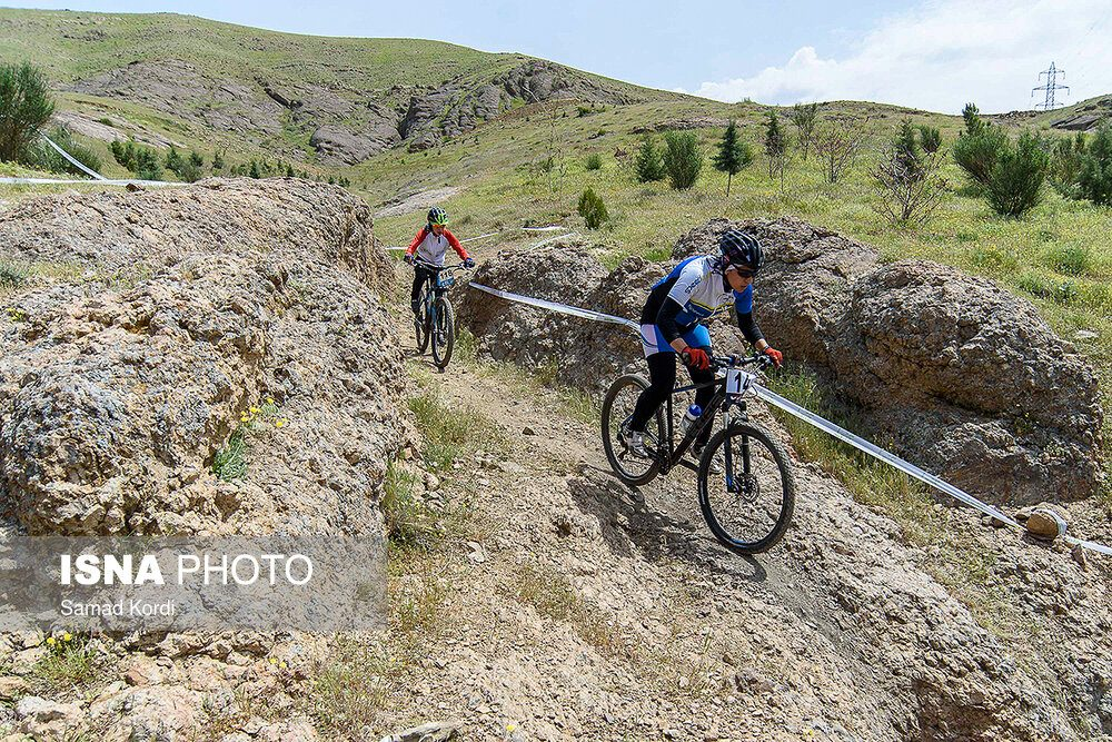 مرحله اول لیگ دوچرخه سواری کوهستان در کرج 6 1000x667 تصاویر لیگ دوچرخه سواری دانهیل و کراس کانتری بانوان در باغستان